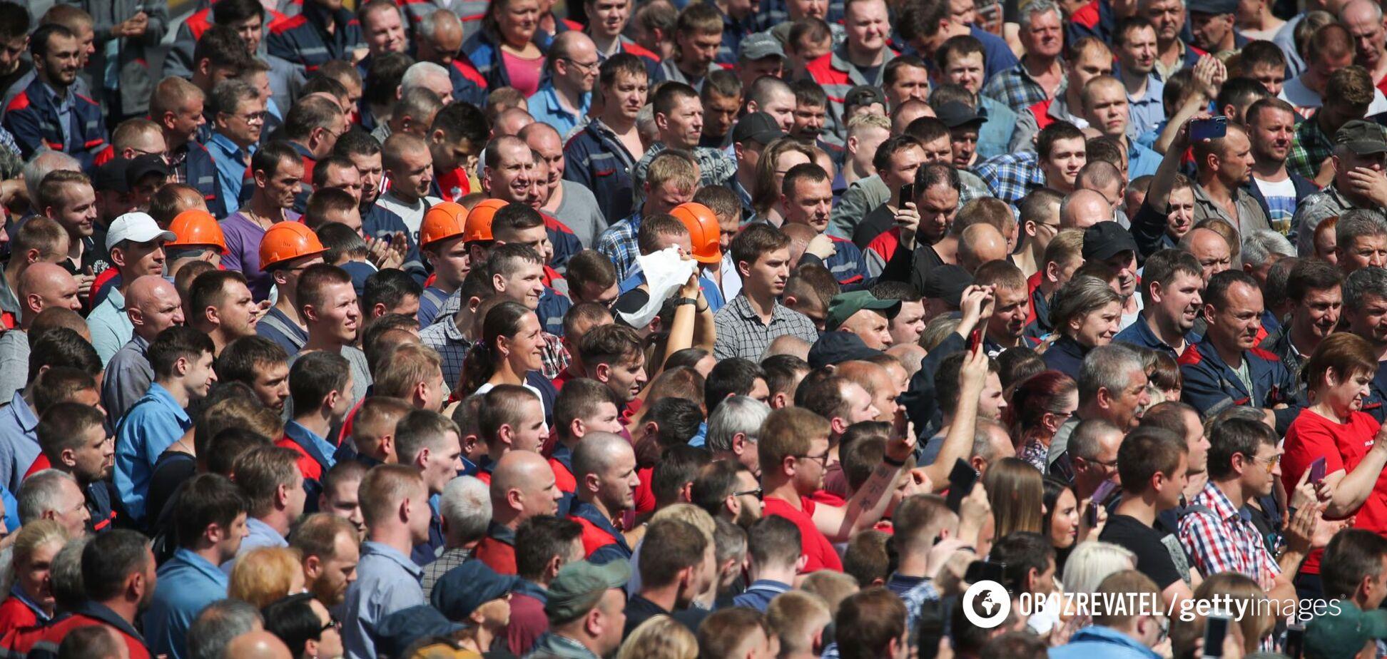Беларусы не хотят в объятия 'старшего брата'