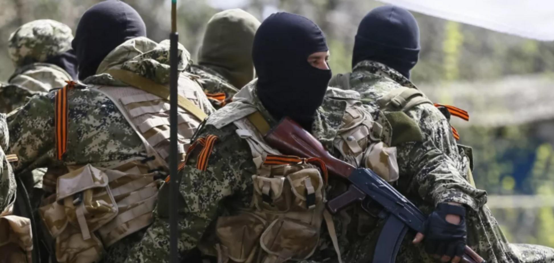 Окупанти переганяють на Донбас військову техніку