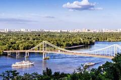 В Киеве разрушили въезд на Труханов остров: Кличко сделал предупреждение вандалам