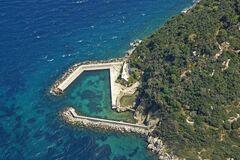 Богуслаев купил остров в Италии