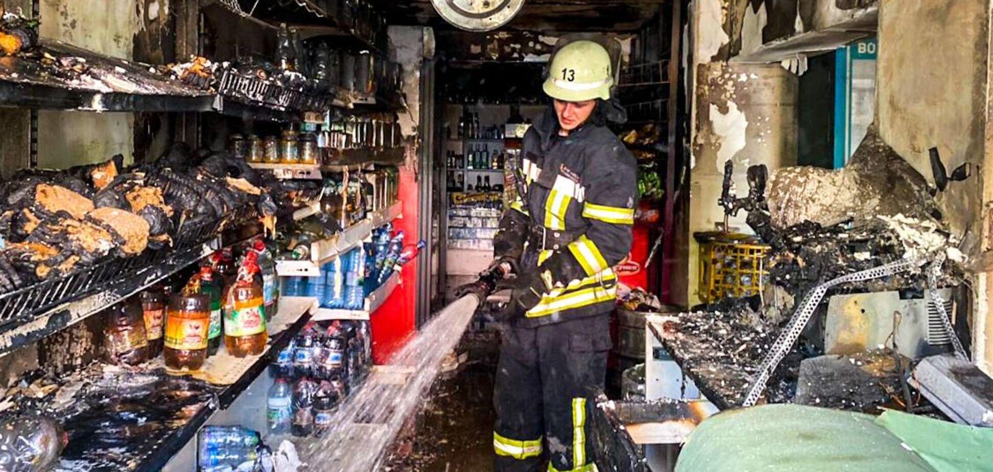 В Киеве сгорел магазин