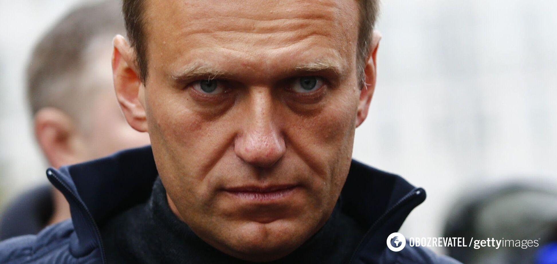 Навального могли отравить в аэропорту