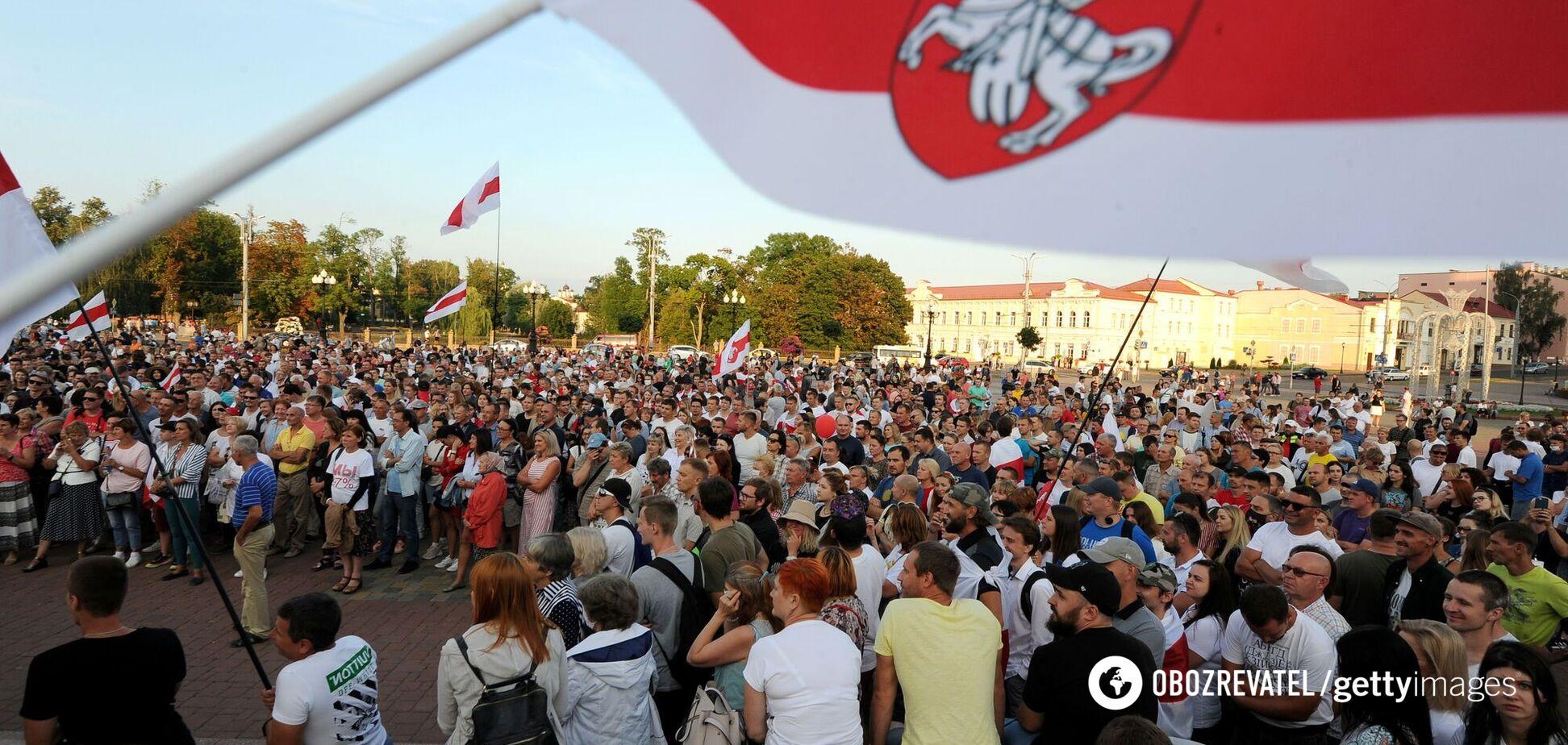 Беларусь без Лукашенко: удастся ли вылезти из болота?