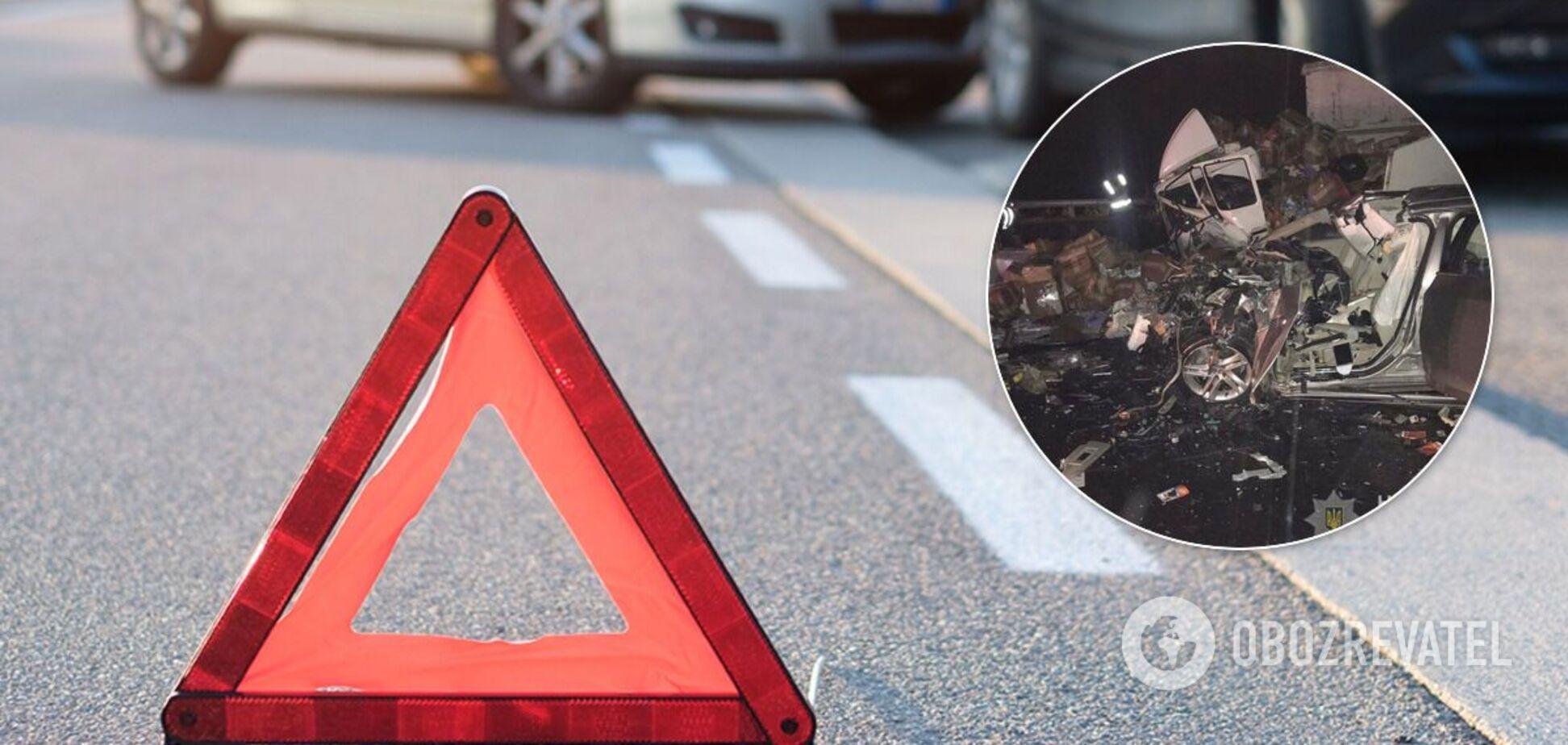 На Полтавщині у ДТП з вантажівкою загинули малолітні діти і водій. Фото
