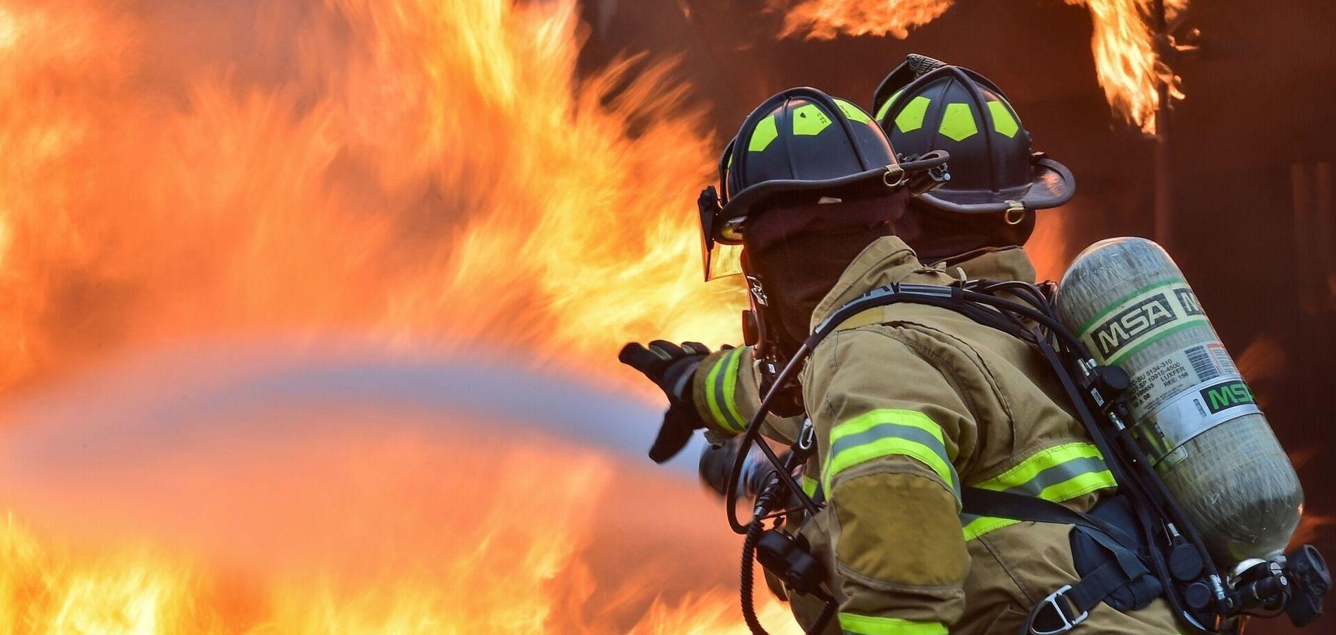 В Кривом Роге при пожаре погиб молодой мужчина. Фото