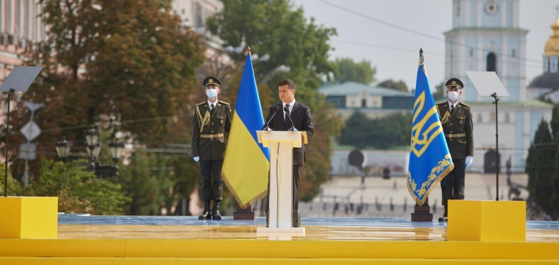 Зеленский выступил с предложением учредить премии имени Патона и Скорика