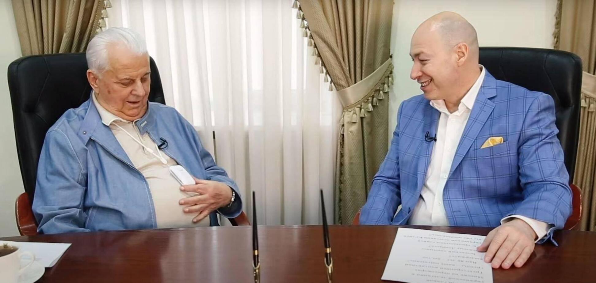 Леонид Кравчук утверждает, что спасается от коронавируса американской электронной маской