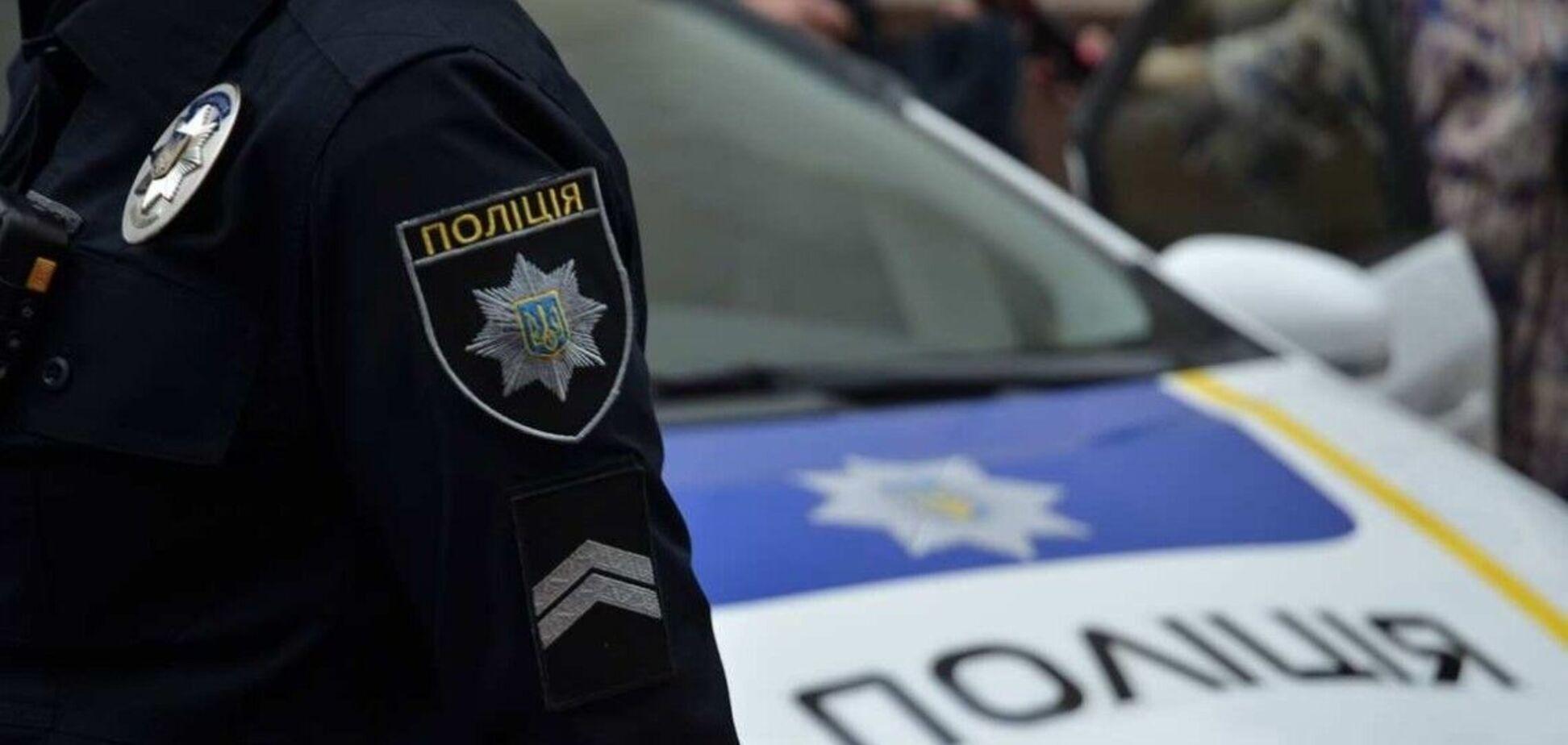 Полицейские прибыли на место конфликта со стрельбой в центре Киева