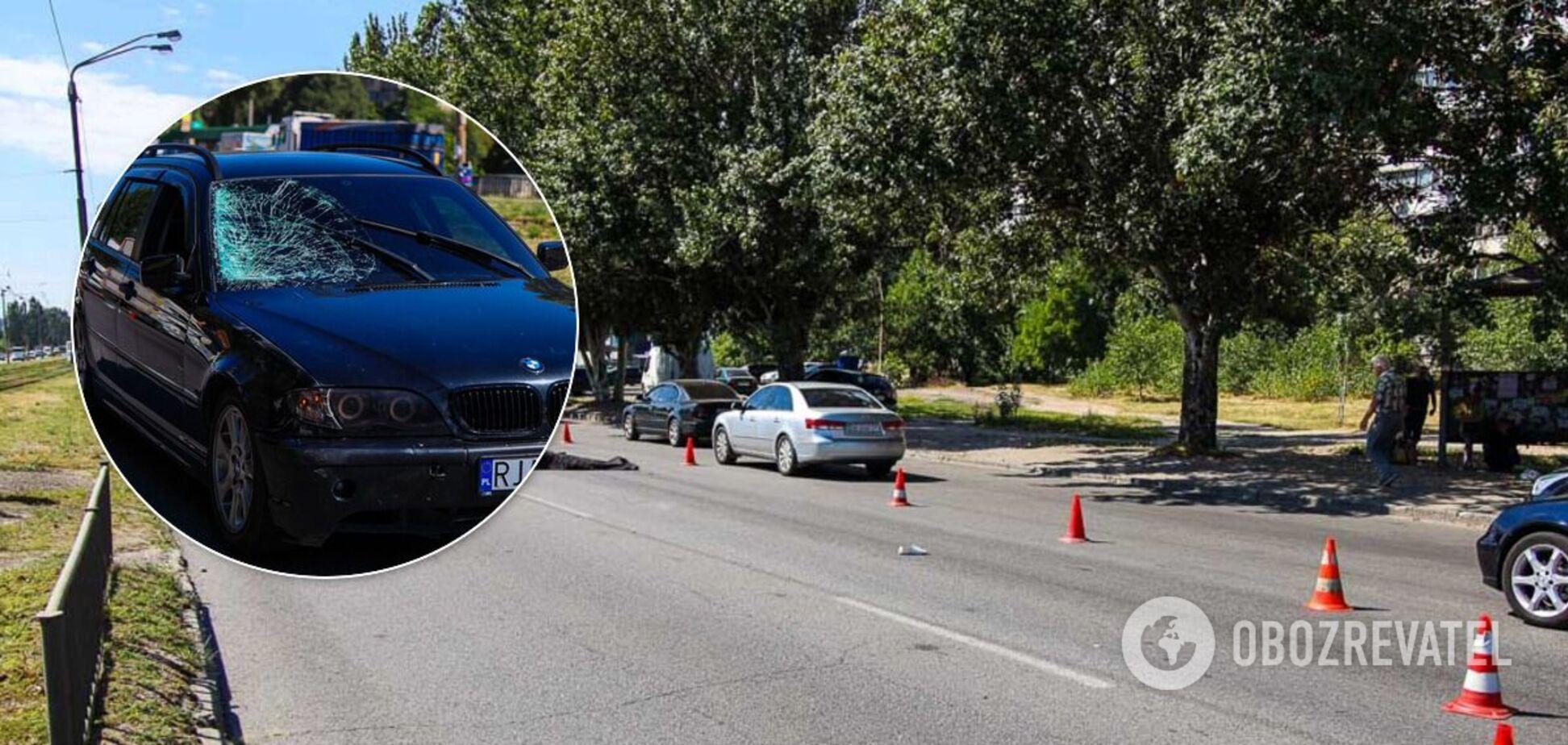 У Дніпрі на 'зебрі' на смерть збили жінку. Фото і відео