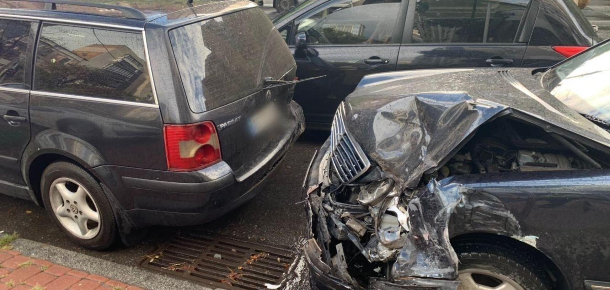 У Києві водій розбив п'ять авто перед патрульними