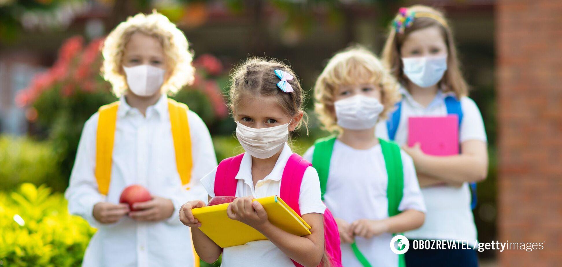 Ребенку в школе нужна защитная маска