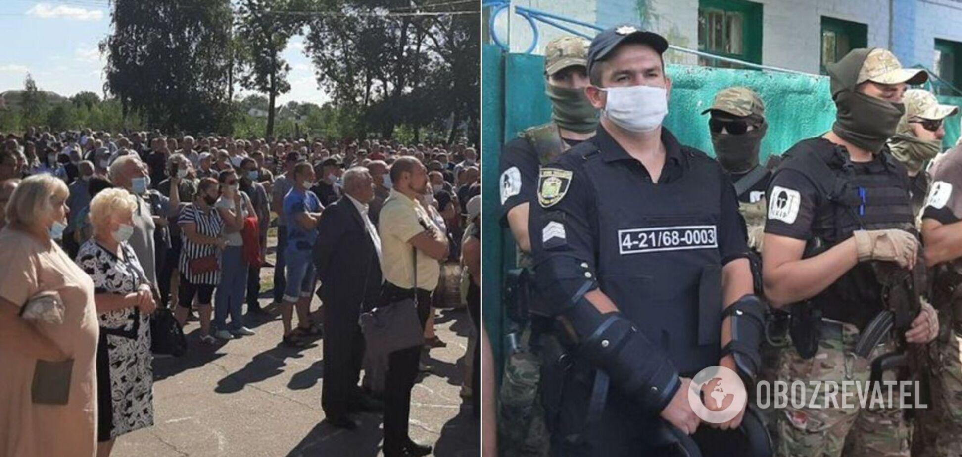 Мітинг у селі під Харковом