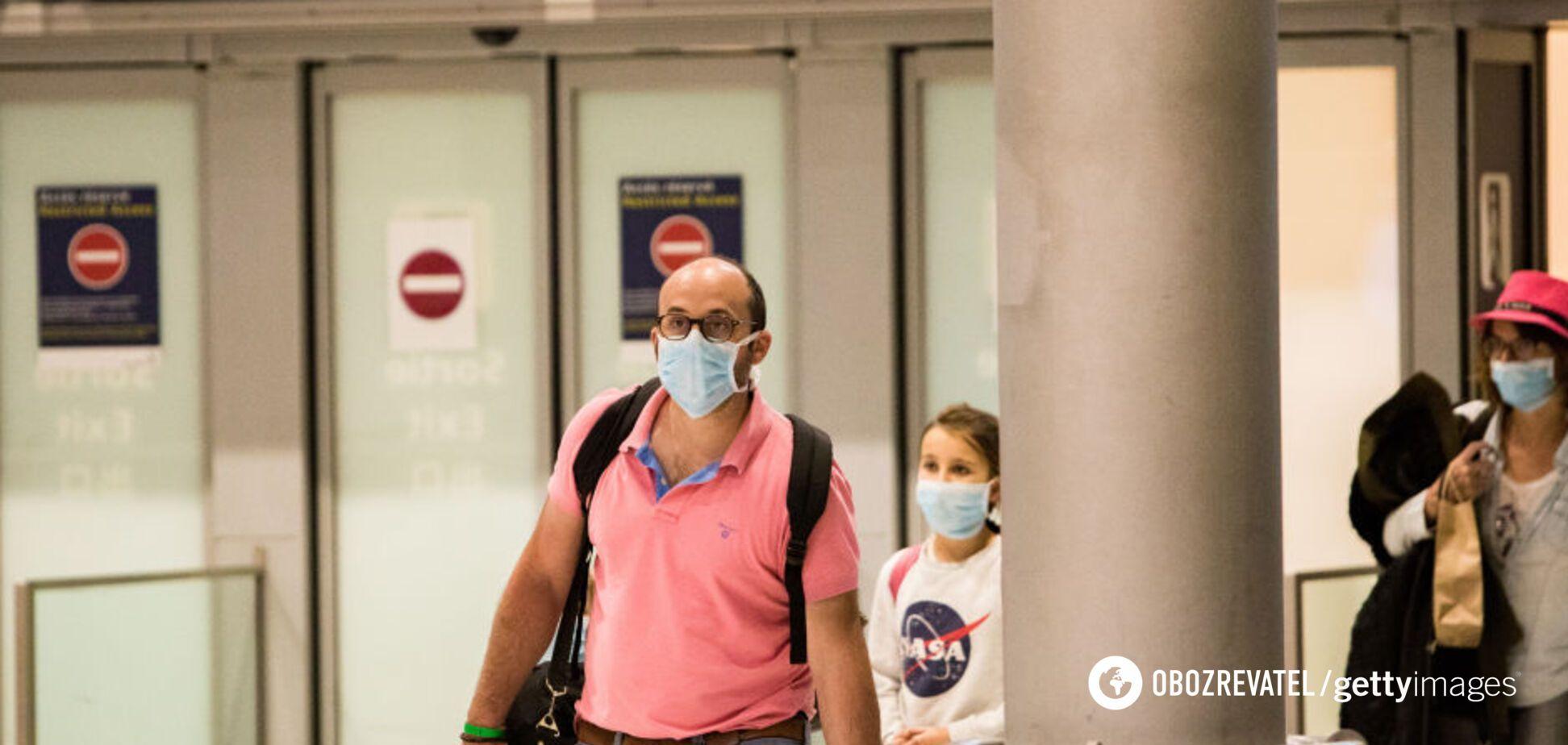 В самолете все сняли маски: ведите себя и дальше, как дикие обезьяны