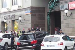 Терорист у Києві висунув перші вимоги. Відео