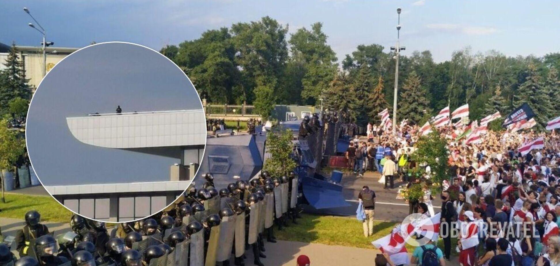 Протестующие подошли к оцеплению