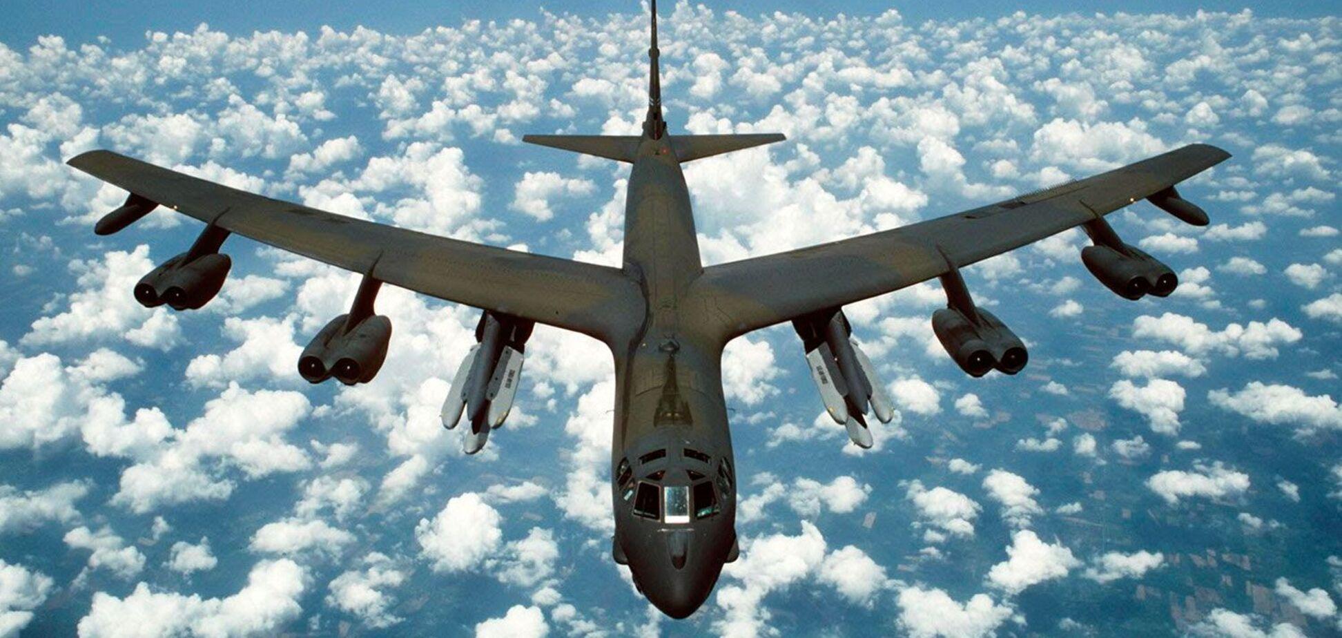 США звинуватили Росію в провокаціях із бойовими літаками в Чорному морі. Відео інциденту