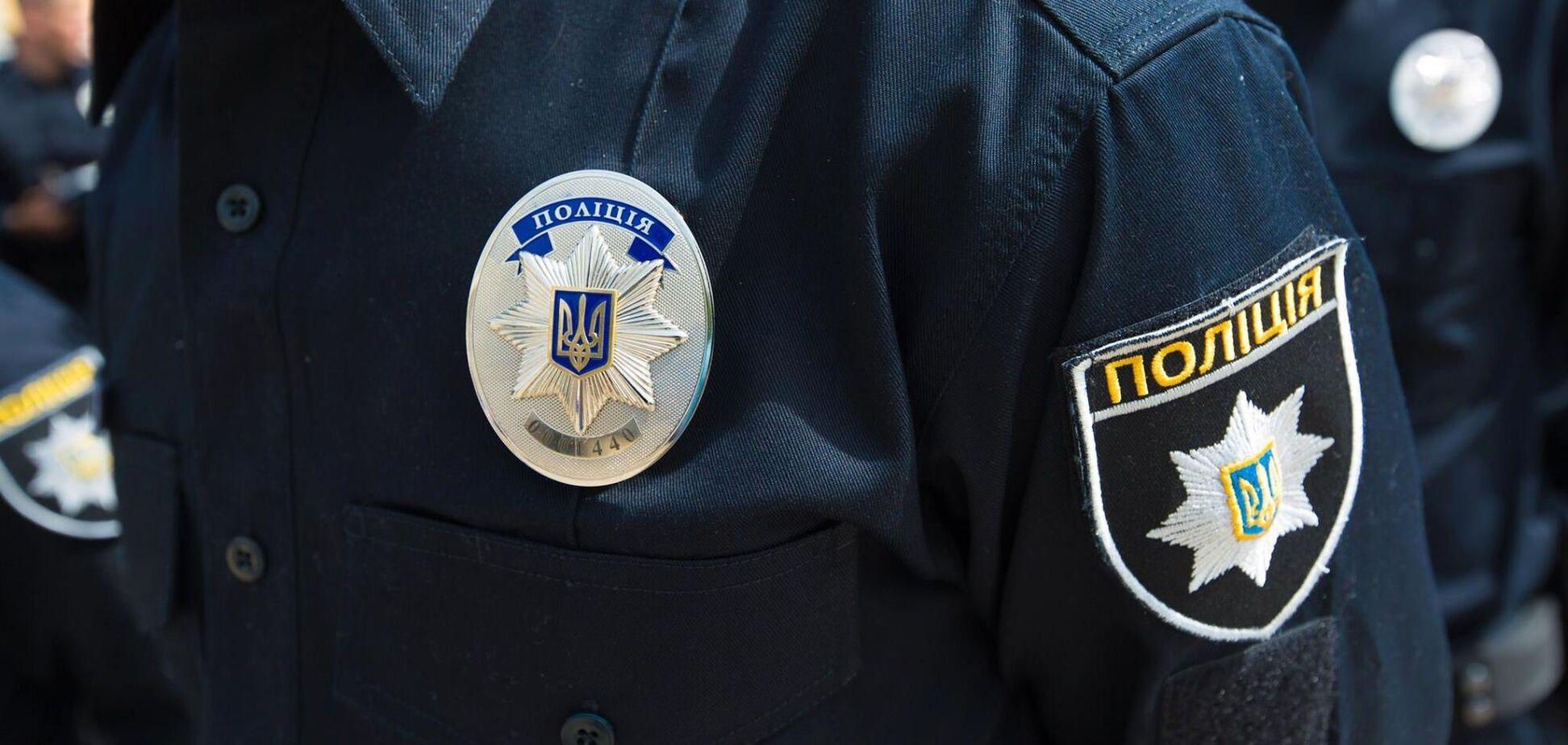 У Києві на дитячому майданчику порізали горло чоловікові. Ілюстрація