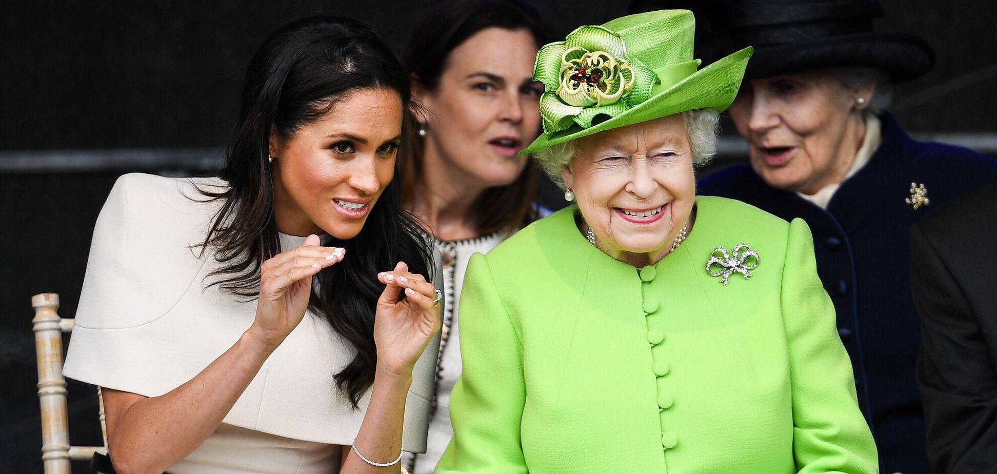 Королева Єлизавета ІІ привітала Маркл з днем народження