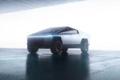 Tesla Cybertruck готовы заменить простым пикапом. Фото: Tesla
