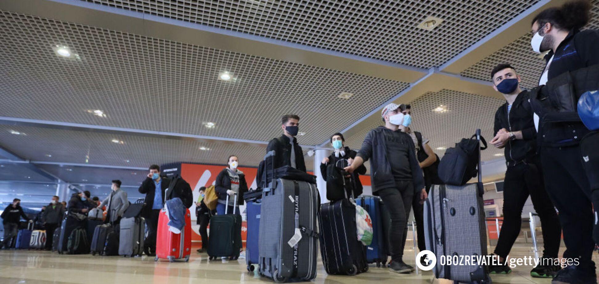 В Минздраве объяснили правила въезда в Украину для иностранцев