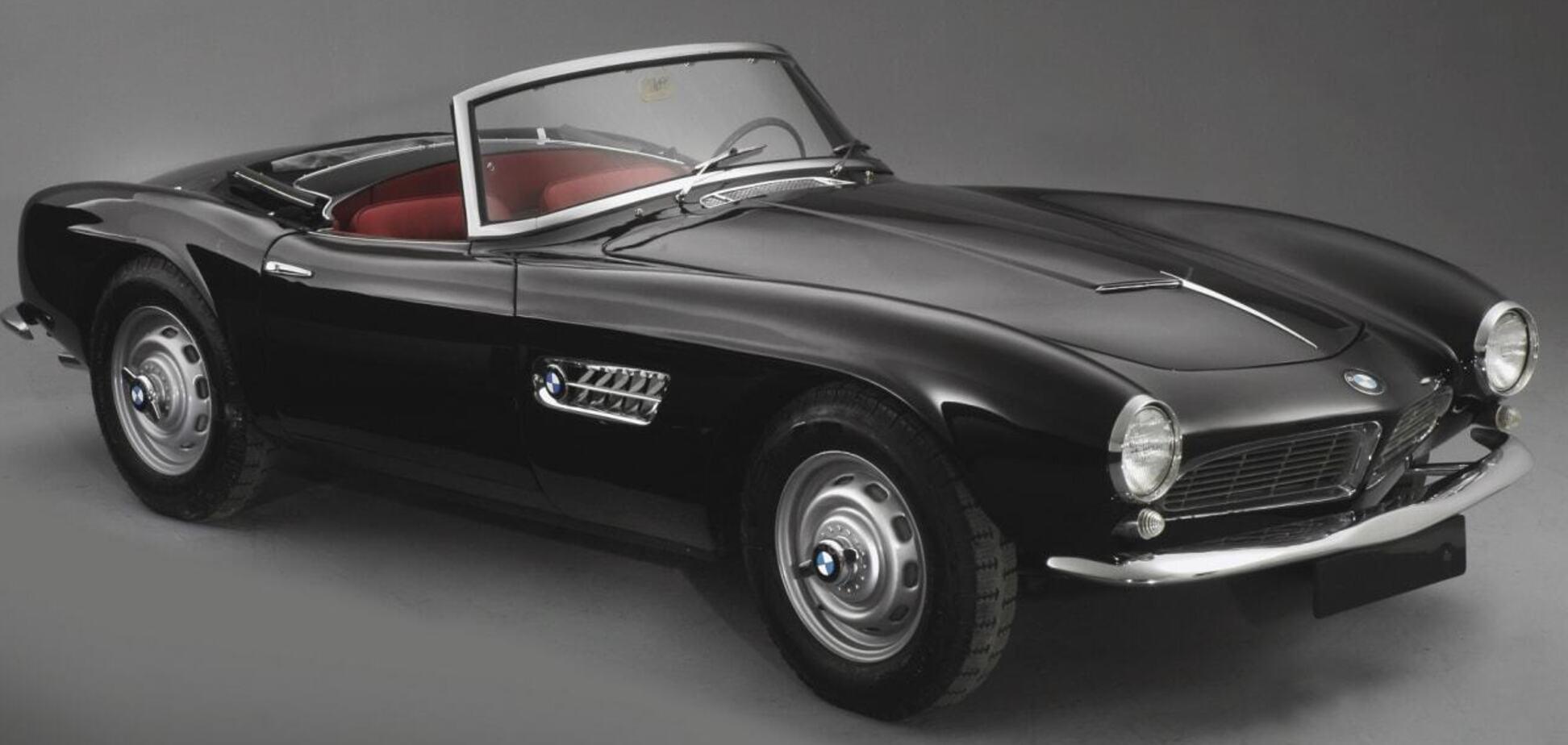 У періоді з 1956 по 1959 рік BMW випустила лише 250 родстерів 507 через поганий продаж. Джерело: Фото: CNBC