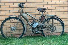 В Украине найден один из первых мотовелосипедов ЛМЗ