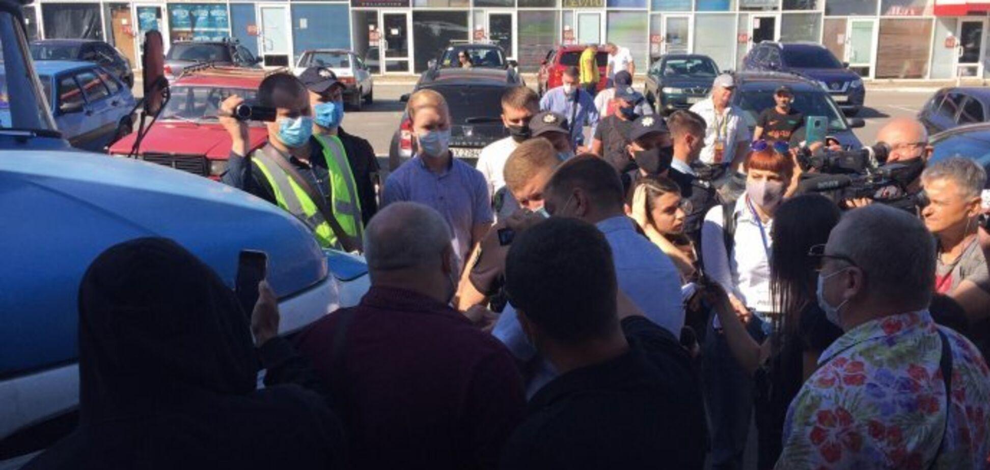 Підприємці ТЦ 'Барабашово' у Харкові звинуватили поліцію в залякуванні