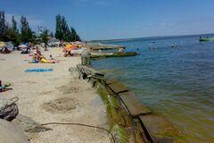 Пляж в поселке Седово
