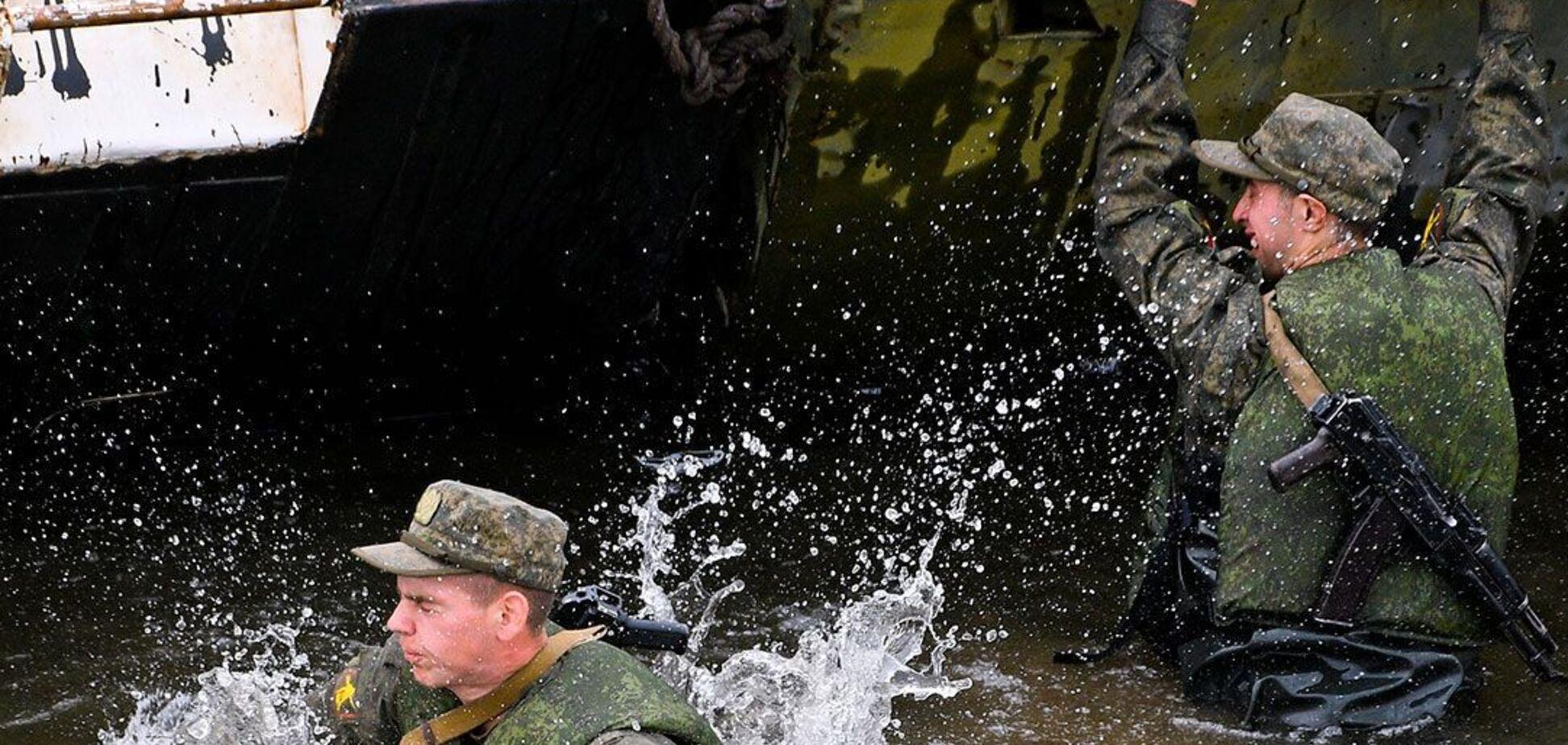 У Росії понтонний міст впав на солдатів