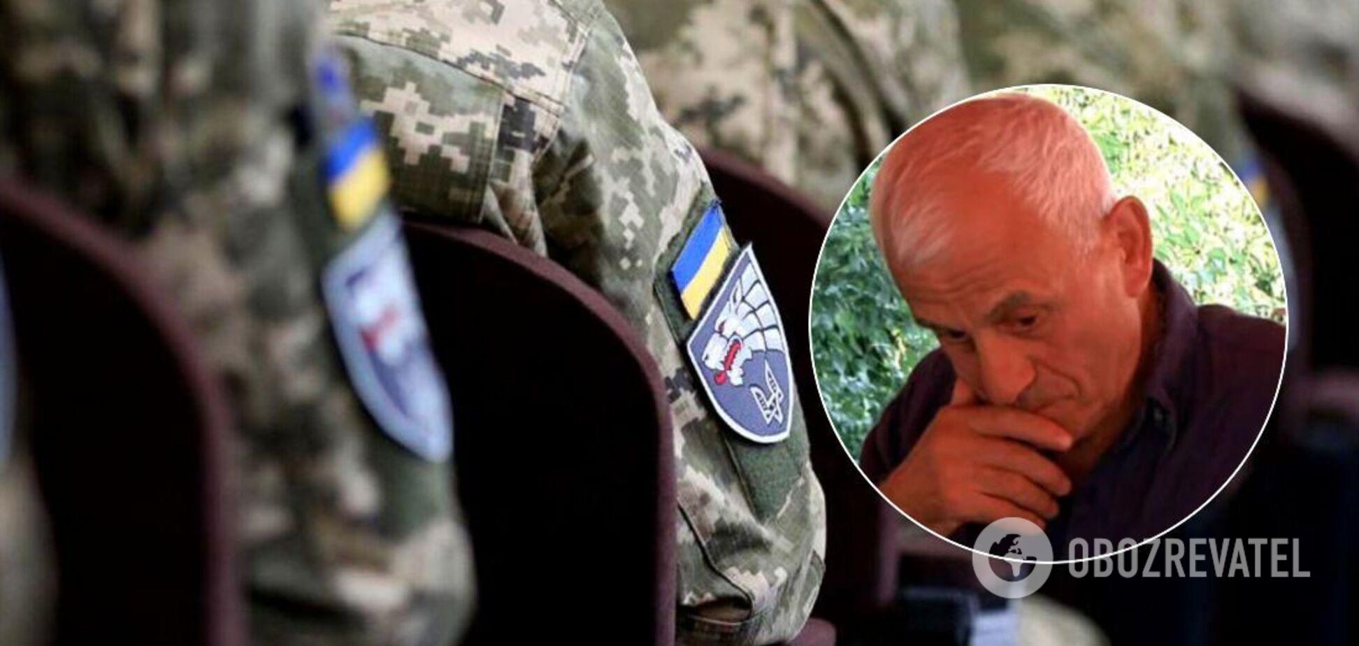 В Кропивницком ветераны заставили извиниться мужчину за слова о гражданской войне на Донбассе