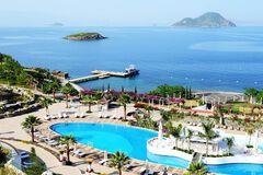 На курортах Туреччини коронавірус спалахнув із новою силою