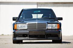 Редкий Mercedes 190E 2.5-16 Evolution II продадут на аукционе. Фото: firstgear.ua