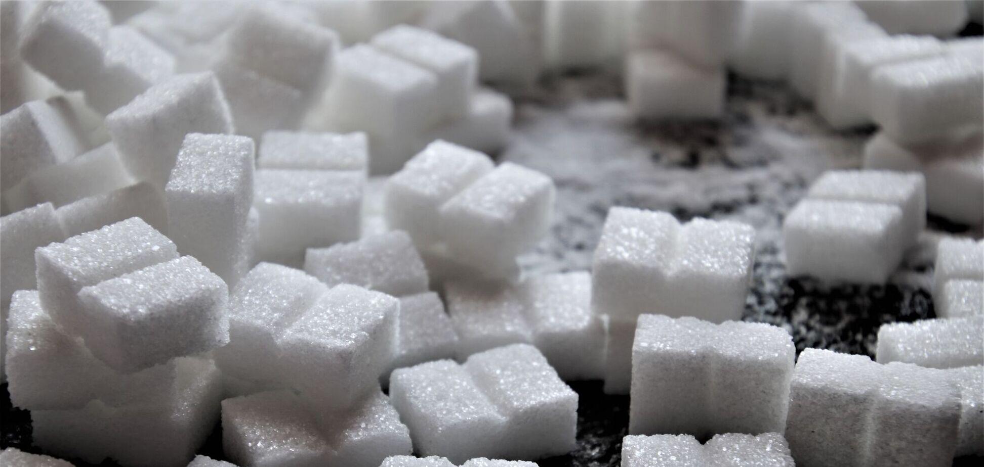 В избытке сахар может привести к набору веса