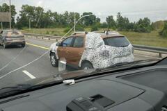 Новый Renault Duster в России попался впервые. Фото: motor.ru