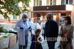 В Винницкой ЦРБ ни один медик не заболел, – главврач о защитных костюмах от Порошенко