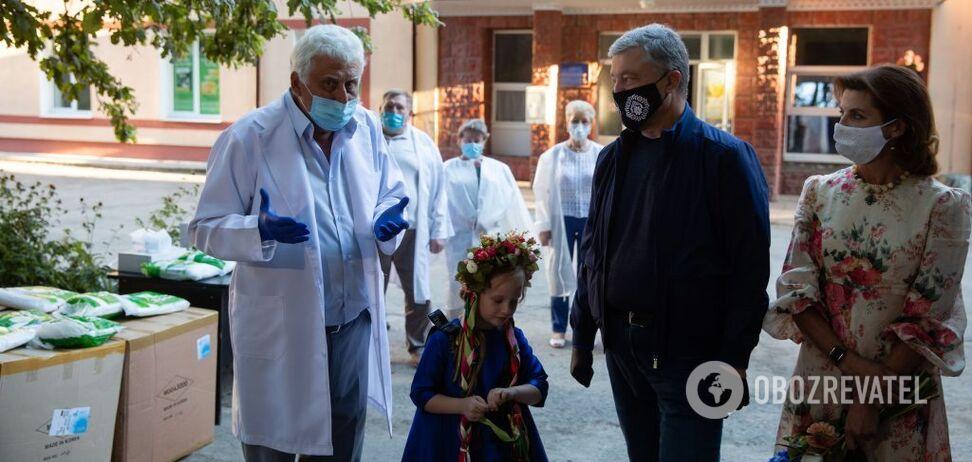 У Вінницькій ЦРЛ жоден медик не захворів, – головлікар про захисні костюми від Порошенка