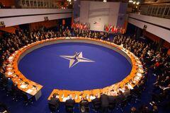 НАТО расширяет сотрудничество с Украиной