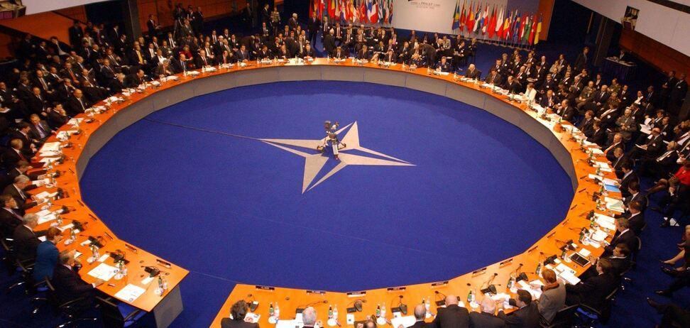 НАТО розширює співпрацю з Україною