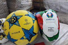 Контрабандные мячи в порту Одессы