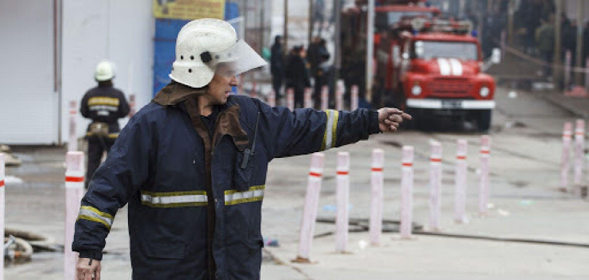 Пожарные ликвидировали возгорание автобуса на трассе под Киевом