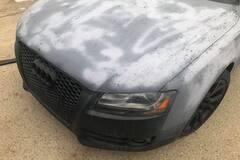 Audi A5 пострадала из-за действий владельца. Фото: Facebook DreamWraps