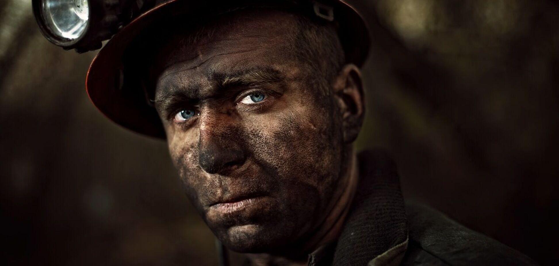 У Кривому Розі госпіталізували двох протестуючих під землею шахтарів