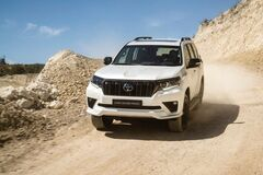 Новый Toyota Land Cruiser Prado показали на официальных фото и рассказали о характеристиках модели. Фото: Toyota