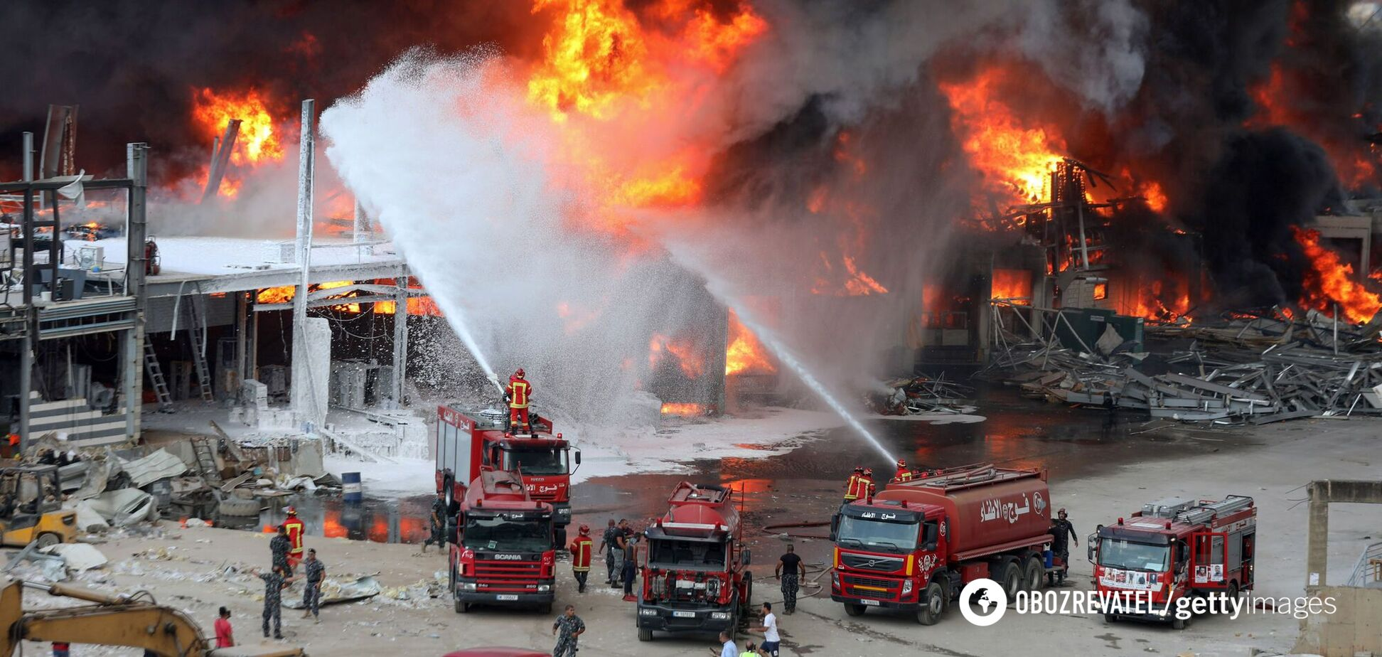 У Бейруті спалахнула пожежа в порту