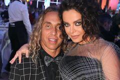 У певицы Наташи Королевой похитили деньги, когда Тарзан устроил вечеринку с девушками