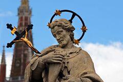 Усекновение главы Иоанна Предтечи или Головосек: традиции праздника