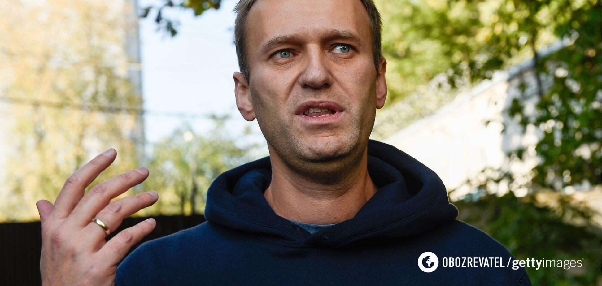 Балаган с Навальным: дело сшито белыми нитками