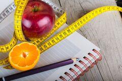 Диетолог развеяла популярные мифы о похудении