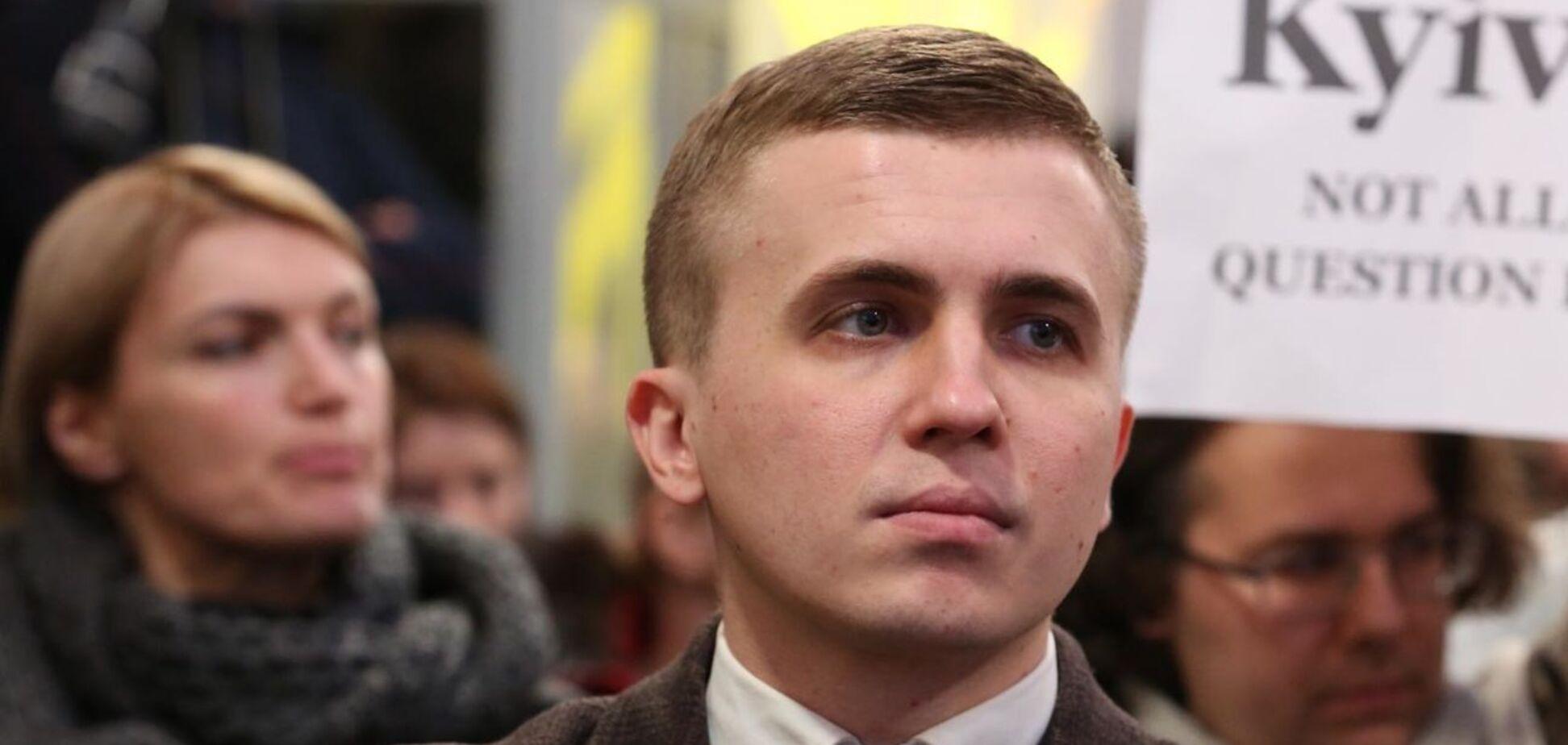 Михайло Ткач заявив, що на горище над його квартирою проникли невідомі