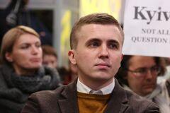 Михаил Ткач заявил, что на чердак над его квартирой проникли неизвестные